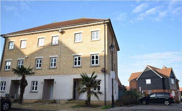 4 Bedrooms Terraced House for sale in Arequipa Reef, EASTBOURNE, East Sussex, BN23 5AG
