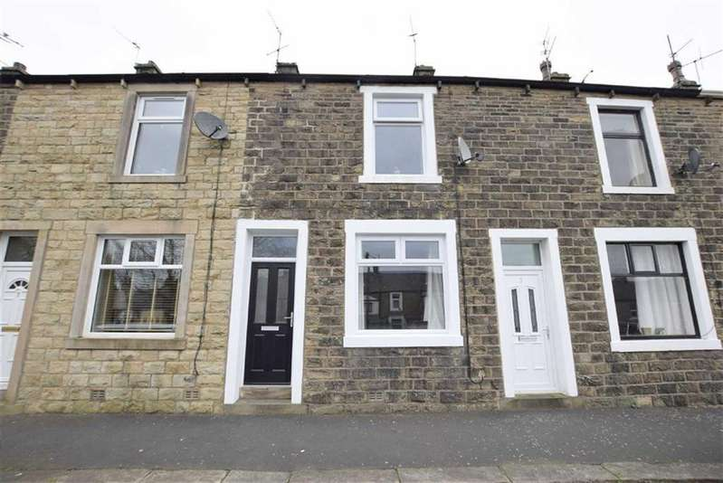 2 Bedrooms Terraced House for sale in Highfield Road, Earby, Lancashire
