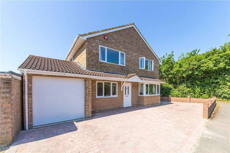5 Bedrooms Detached House for sale in Chesterton Avenue, Harpenden, Hertfordshire