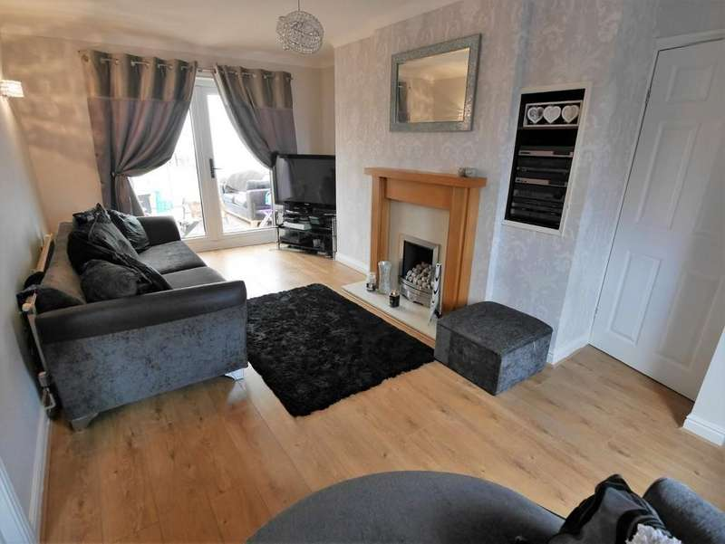 3 Bedrooms Semi Detached House for sale in Derwent Road Howden