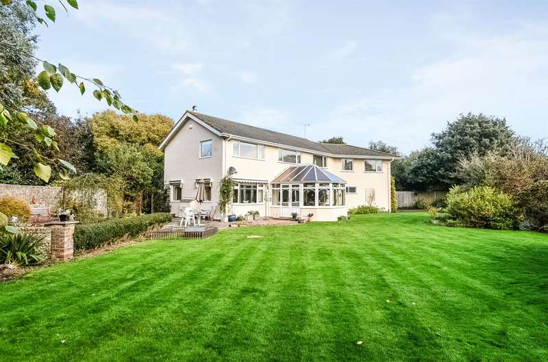 5 Bedrooms Detached House for sale in Aldwick - Private Access To Beach