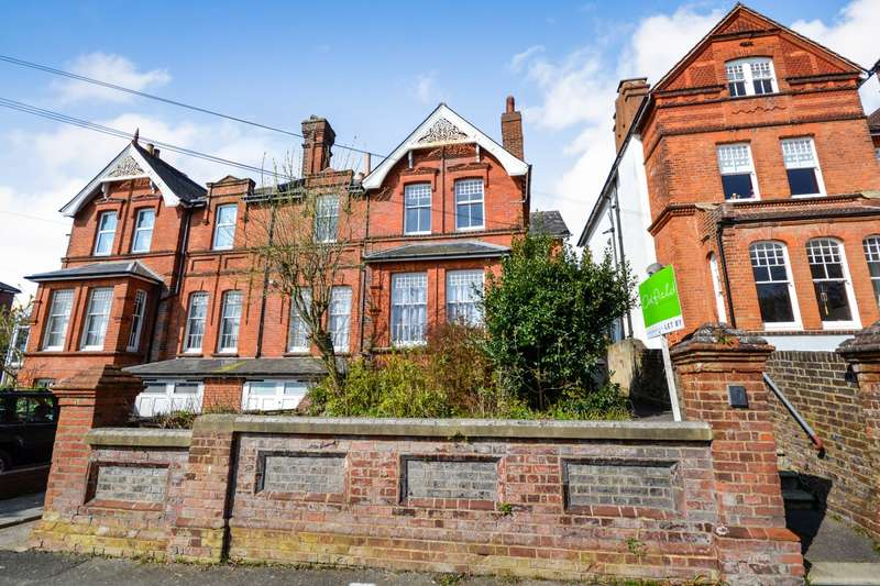 2 Bedrooms Flat for sale in Combermere Road, St Leonards On Sea, TN38