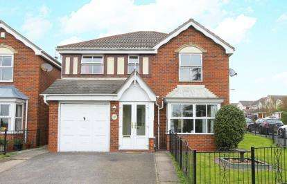 4 Bedrooms Detached House for sale in Colliers Trek, Barlborough, Chesterfield, Derbyshire