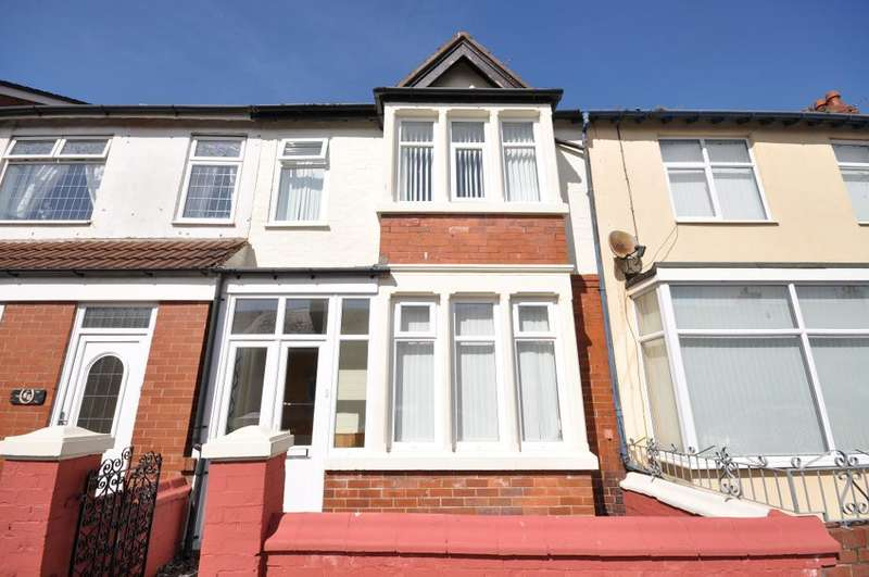 3 Bedrooms Terraced House for sale in Warrenhurst, Fleetwood, Blackpool, Lancashire, FY7 6TP