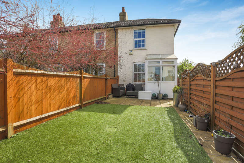 2 Bedrooms End Of Terrace House for sale in Selsdon Road, South Croydon