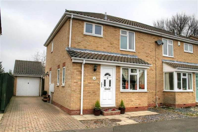 3 Bedrooms Semi Detached House for sale in Lee Close, Cottenham, Cambridge