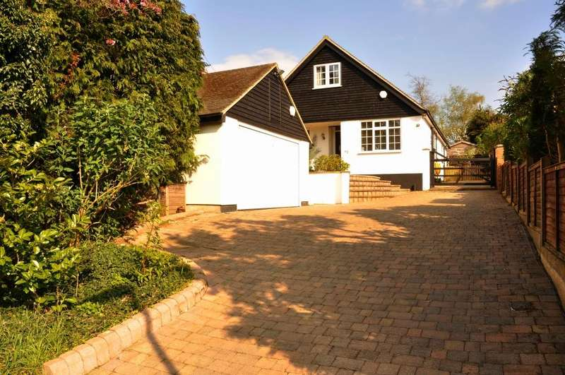 5 Bedrooms Detached House for sale in Mount Drive, St Albans, AL2