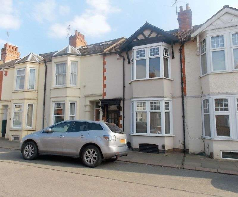 3 Bedrooms Terraced House for sale in King Edward Road, Abington Northampton