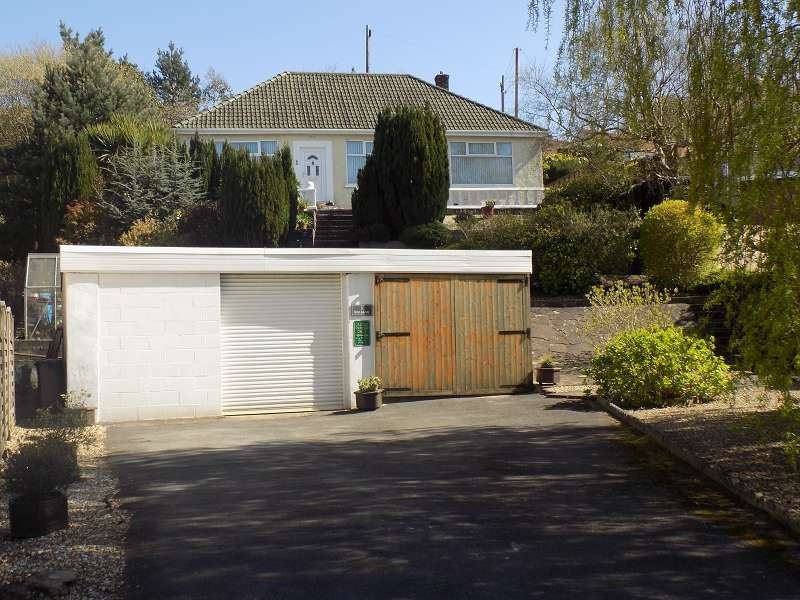 3 Bedrooms Bungalow for sale in Swan Road, Baglan, Port Talbot, Neath Port Talbot. SA12 8BN