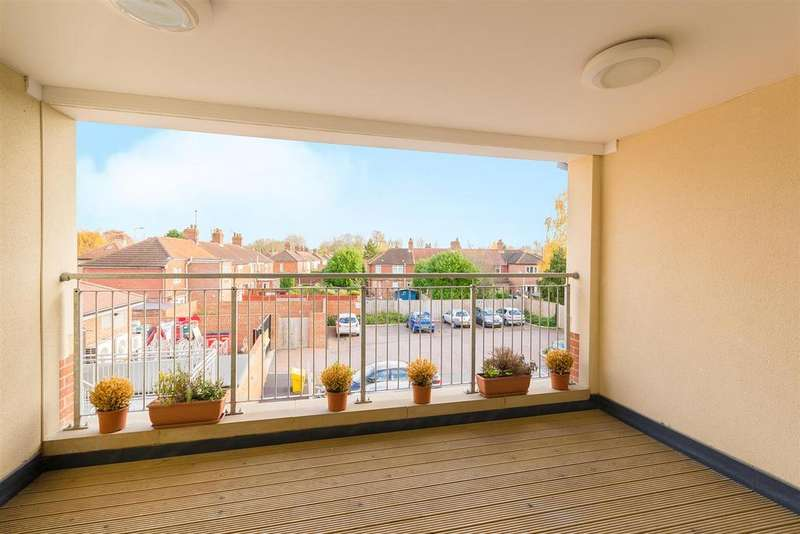 2 Bedrooms Apartment Flat for sale in Abingdon Road, New Hinksey