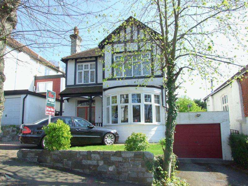 4 Bedrooms Detached House for sale in Bencombe Road, Purley