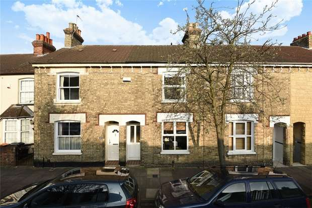 3 Bedrooms Terraced House for sale in Gladstone Street, Bedford