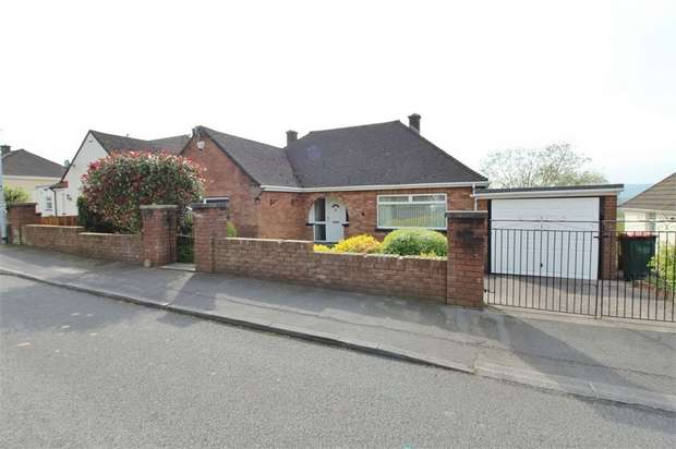 3 Bedrooms Detached Bungalow for sale in Old Hill Crescent, Christchurch, NEWPORT