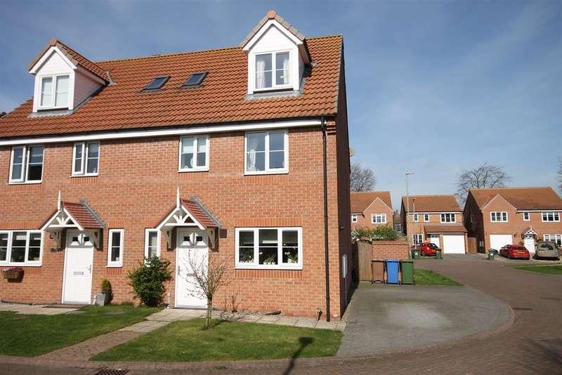 4 Bedrooms Semi Detached House for sale in Derek Vivian Close, Pocklington, York, YO42 2PL