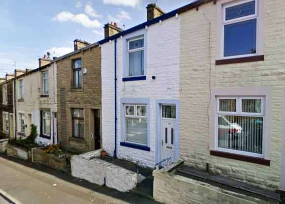 3 Bedrooms Terraced House for sale in Pine Street, Nelson, Lancashire, BB9 9HW