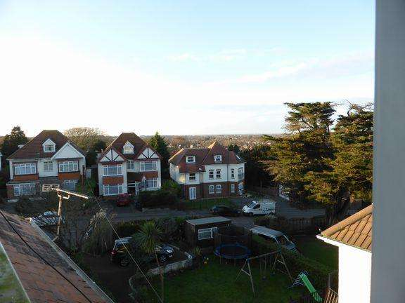 1 Bedroom Flat for sale in Southbourne, Bournemouth