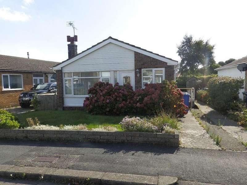 2 Bedrooms Detached Bungalow for sale in Parc Esmor, Rhyl