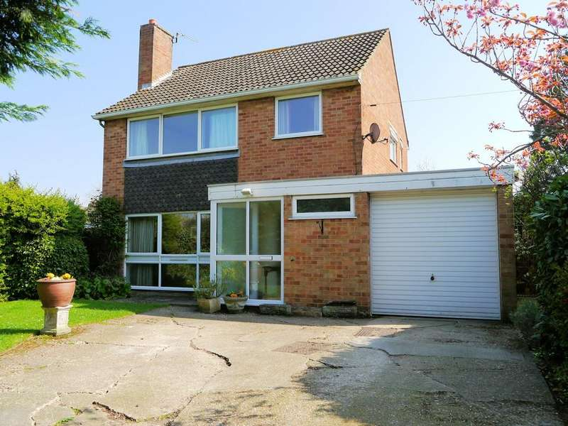 3 Bedrooms Detached House for sale in Tinkers Lane, Windsor SL4