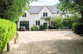 5 Bedrooms Country House Character Property for sale in Old Marsh Lane, Dorney Reach SL6