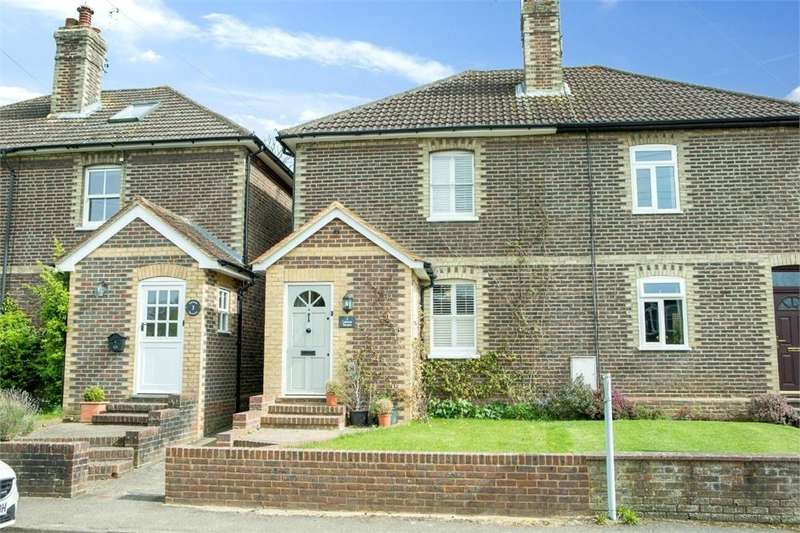 2 Bedrooms Semi Detached House for sale in Lawson Terrace, Barnett Lane, Wonersh, Guildford, Surrey