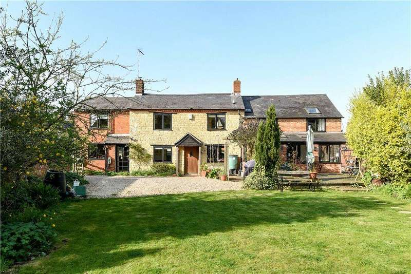 4 Bedrooms Unique Property for sale in Little London, Silverstone, Towcester, Northamptonshire