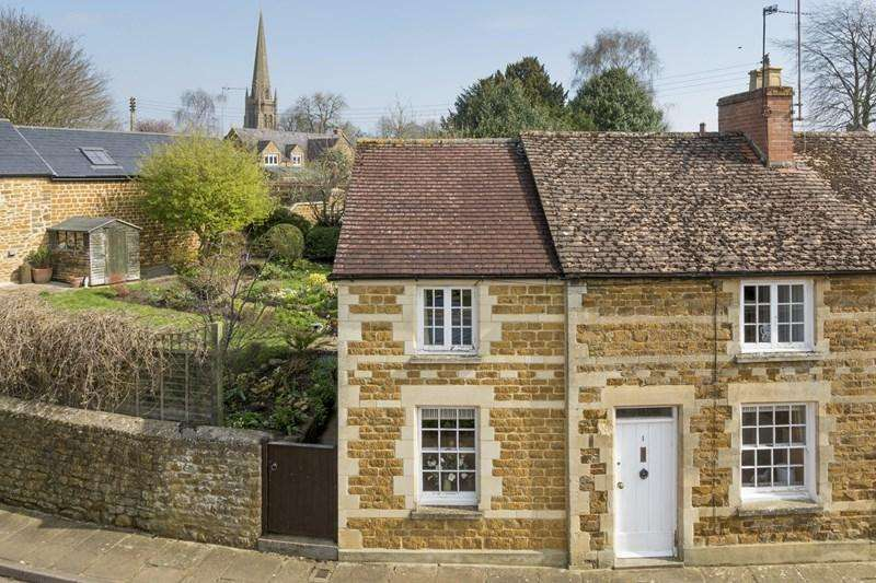 2 Bedrooms Cottage House for sale in Kings Road, Bloxham, Banbury