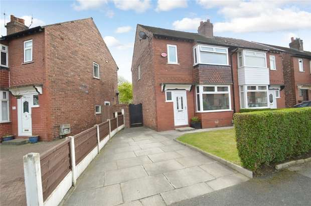 3 Bedrooms Semi Detached House for sale in Derwen Road, Edgeley, Stockport, Cheshire