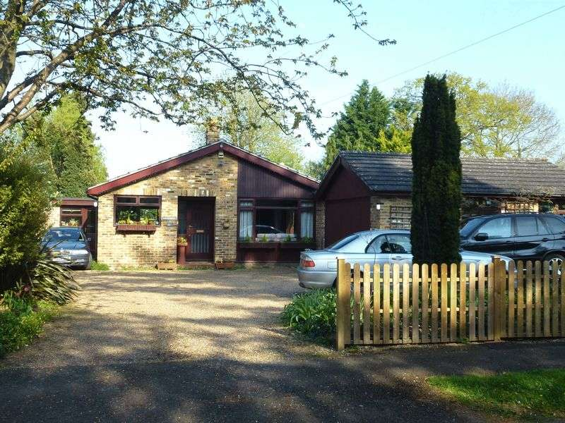 4 Bedrooms Detached Bungalow for sale in BOOKHAM - GOOD SIZE PLOT IN SOUGHT AFTER ROAD