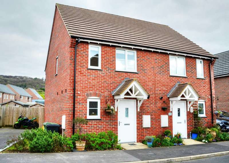 2 Bedrooms Semi Detached House for sale in Chinnor