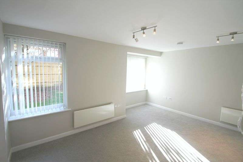 Flat for sale in Hartsbourne Road, Earley, Reading RG6