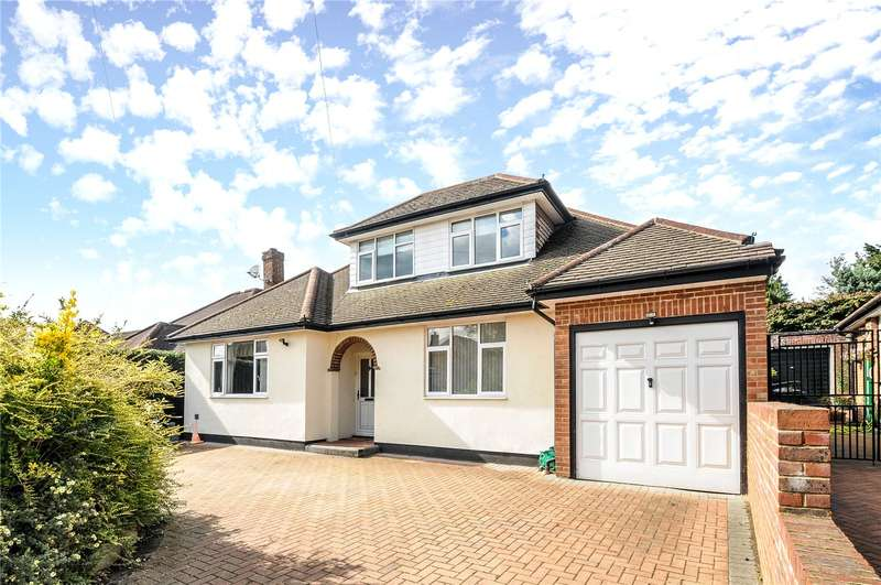 4 Bedrooms Detached Bungalow for sale in Beacon Way, Rickmansworth, Hertfordshire, WD3