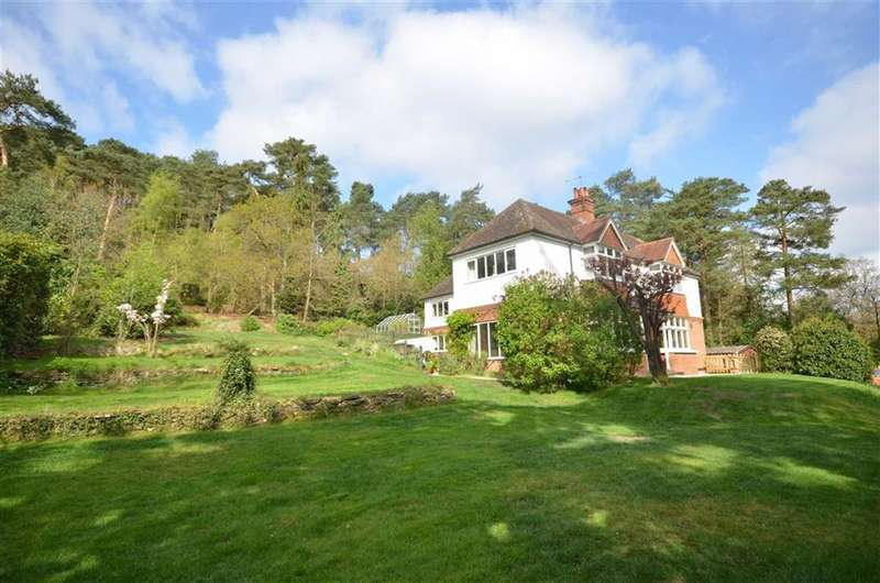 5 Bedrooms Property for sale in Frensham Road, Lower Bourne, Farnham