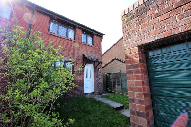3 Bedrooms Semi Detached House for sale in Bremeridge Road, Westbury