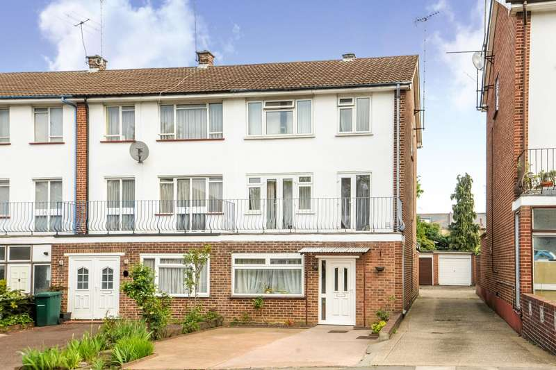 5 Bedrooms House for sale in Wickliffe Avenue, Finchley Central
