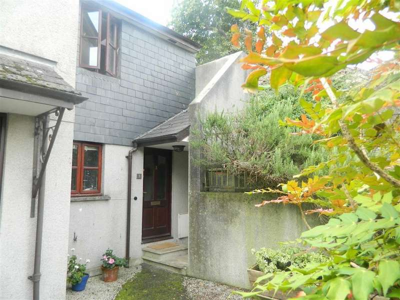 2 Bedrooms Semi Detached House for sale in Leonard House, Central location, Totnes, Devon, TQ9