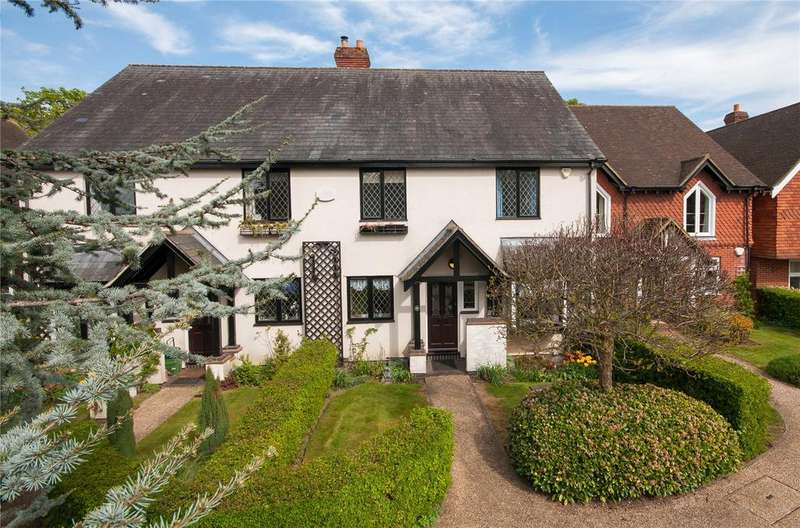 4 Bedrooms Terraced House for sale in Middle Green, Brockham, Betchworth, Surrey, RH3