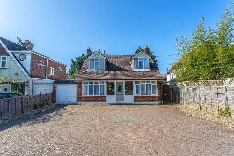 3 Bedrooms House for sale in Coulsdon Road, Caterham