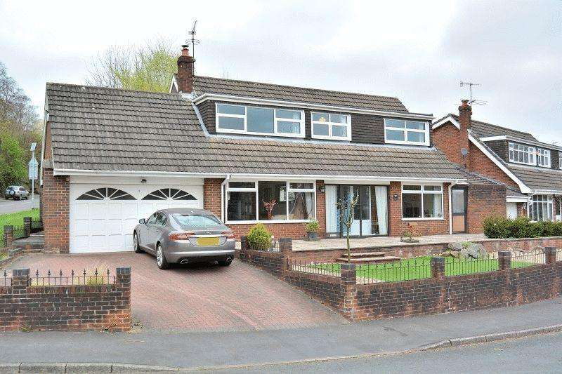 4 Bedrooms Detached House for sale in Ashenhurst Way, Leek