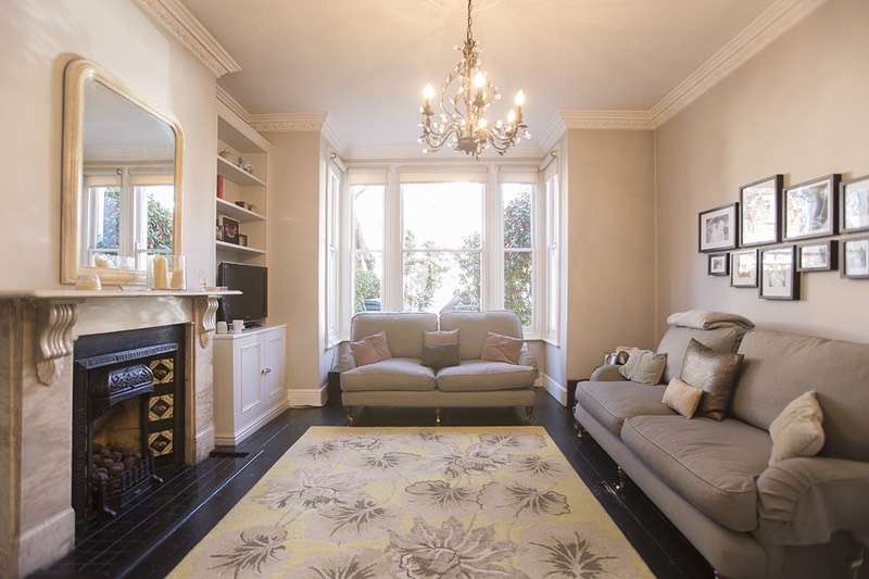 5 Bedrooms Terraced House for sale in Upstall Street, London, London, SE5