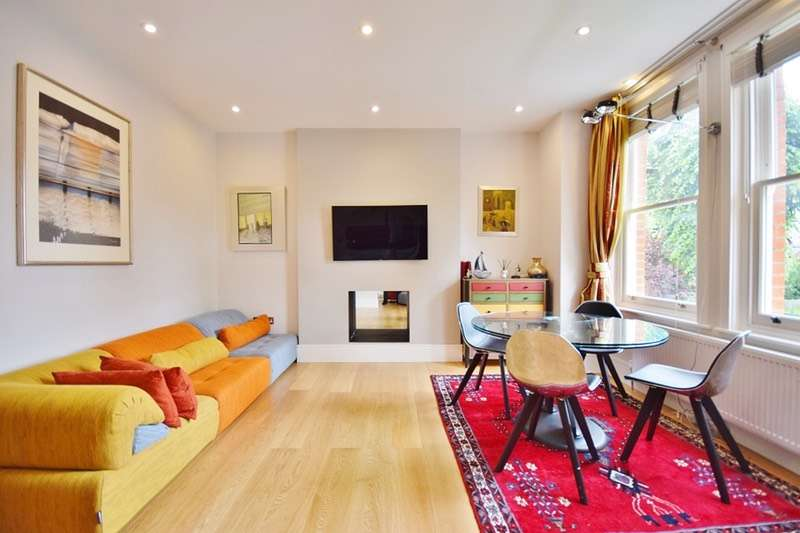 2 Bedrooms Maisonette Flat for sale in Tring Avenue, Ealing Common, London, W5