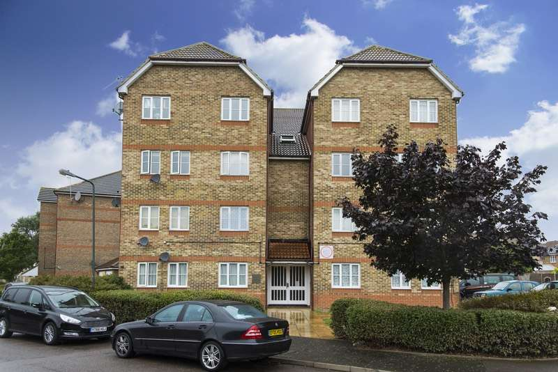 1 Bedroom Flat for sale in Fairway Drive, London, London, SE28