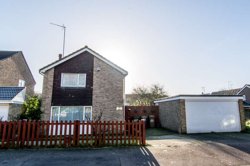 3 Bedrooms Detached House for sale in Butely Road, Luton, Bedfordshire, LU4