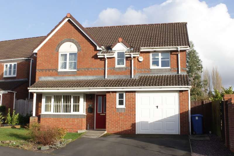 4 Bedrooms Detached House for sale in Nab Wood Drive, Chorley, Lancashire, PR7