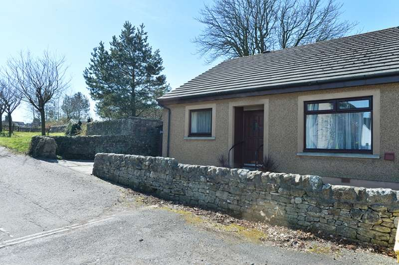 2 Bedrooms Semi Detached Bungalow for sale in Learmonth Crescent, West Calder, EH55 8AF