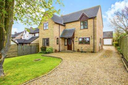 4 Bedrooms Detached House for sale in Heath Road, Warboys, Huntingdon, Cambs