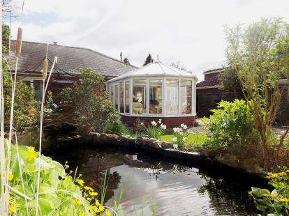 2 Bedrooms Bungalow for sale in Church Lane, Moor Monkton, York, North Yorkshire