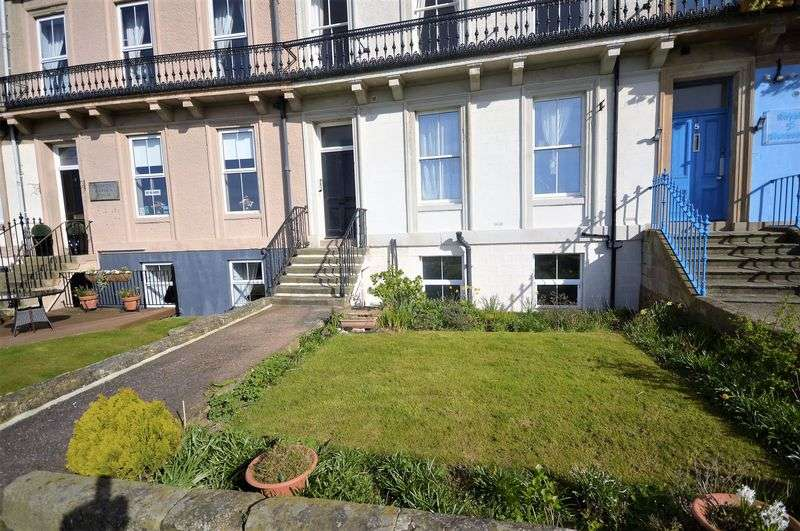 2 Bedrooms Flat for sale in 4 Royal Crescent, Whitby, perfect holiday let-OIEO - 150,000