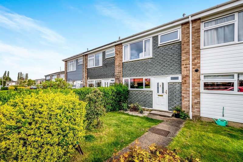 3 Bedrooms Terraced House for sale in Chapel Field, Great Barford, Bedford, MK44