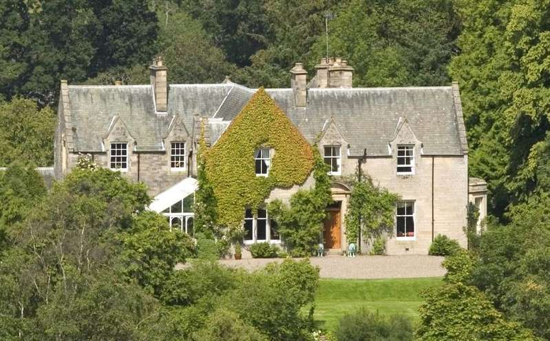 9 Bedrooms Detached House for sale in Traquair, Peeblesshire, Scottish Borders, EH44