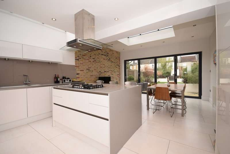 4 Bedrooms Semi Detached House for sale in South Park Road, London, London, SW19